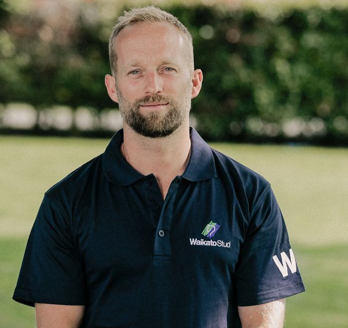 Dr. Chris Phillips